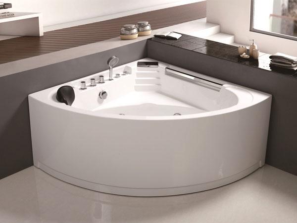 不同风格的人造石浴缸给你同样舒适
