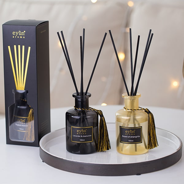 attractive reed diffuser