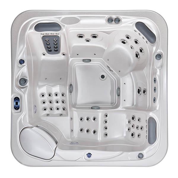 Luxury Outdoor Spa Tub