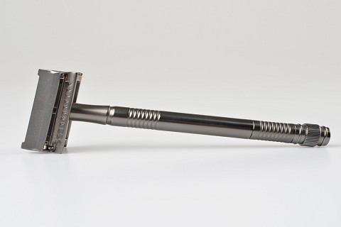 Why is Shaving with a Double Edge Safety Razor Better?